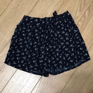 Gap Kids Floral Shorts Size S (6-7 Years)